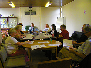 Sasha Kulidzan chairing Resident's Monitoring meeting with his Project Team at CityWest Home during 2009.